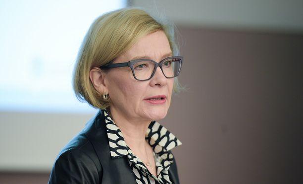 Sisäministeri Paula Risikko toteaa sote-ratkaisun jopa nelinkertaistavan valinnanvapauden.