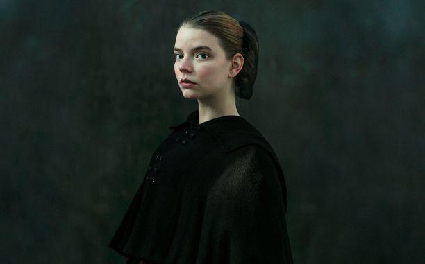 Nellaa näyttelee Anya Taylor-Joy.