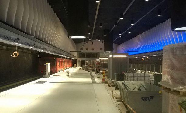 Turma tapahtui Länsimetron työmaalla Koivusaaressa. Kuvassa rakenteilla oleva Koivusaaren metroasema.