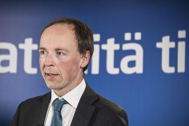 Jussi Halla-aho kertoo, että hänen Twitter-tilinsä on lukittu.