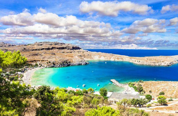 Kreikan suosituimpiin matkailukohteisiin lukeutuva Rodos on tällä hetkellä edullinen matkakohde.