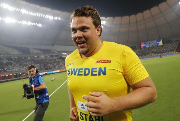 Daniel Ståhl oli yhtä hymyä maailmanmestaruuden varmistuttua.