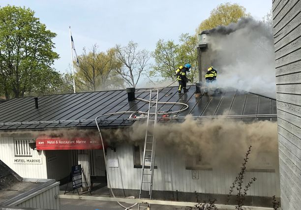 Tulipalo sai alustavan arvion mukaan alkunsa motellin ravintolan keittiöstä.