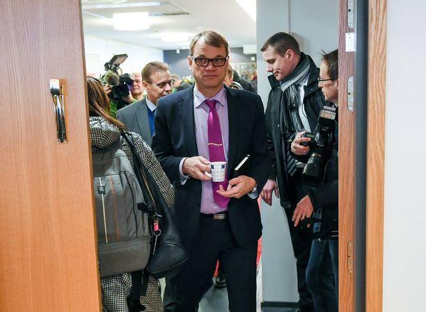 Pääministeri Juha Sipilälle työmarkkinoiden neuvottelutapa on varsin vieras.