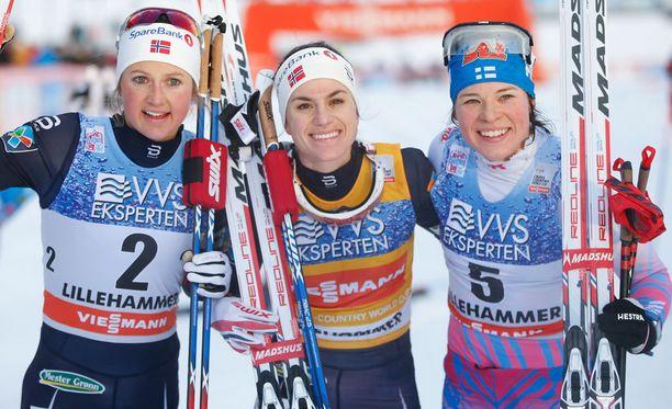 Ingvild Flugstad Östberg (vasemmalla), Heidi Weng ja Krista Pärmäkoski ovat naisten Tour de Skin suurimmat suosikit.