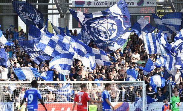HJK juhli Helsingin paikallisottelussa Töölössä.