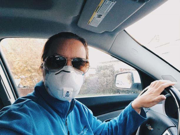 Piilaakson asukkaita on kehotettu käyttämään hengityssuojaimia savun hajun takia.