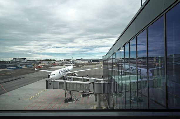 Finnair voi joutua maksamaan perutuista Bangkokin lennoista jopa 344 400 euroa.