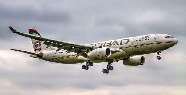 Etihad Airways -lentoyhtiön lentäjä menehtyi kesken lennon.