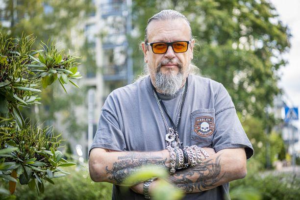 Tuottaja Markus Selinillä on ollut kahdesti hengenvaarallinen tilanne vesillä.