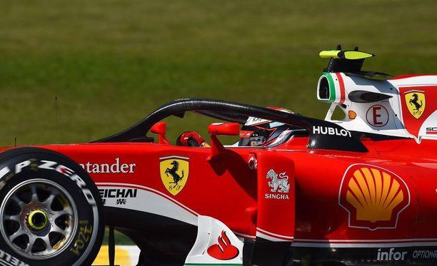 Kimi Räikkönen kokeili Halon toimivuutta viime vuonna Brasilian GP:ssä.