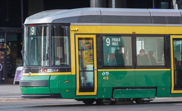Jatkossa bussien, ratikoiden, junien ja metrojen liikkeitä voi seurata reaaliaikaisella kartalla.