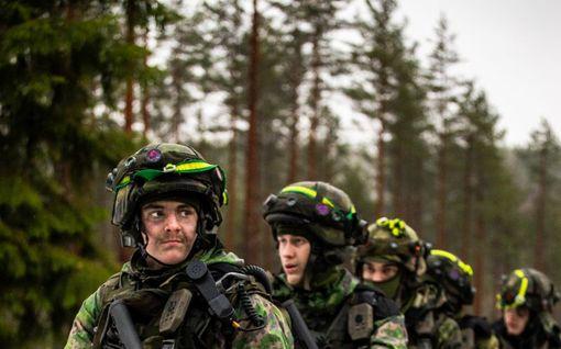 """Pääsotaharjoitus käynnissä, nuorilla motivaatio ja maanpuolustustahto korkealla: """"Se sana tarkoittaa paljon"""""""