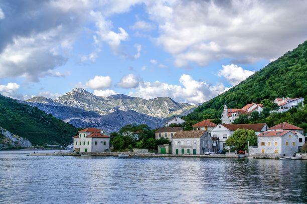 Montenegro tarjoa silmänruokaa unohtumattomien maisemien muodossa.