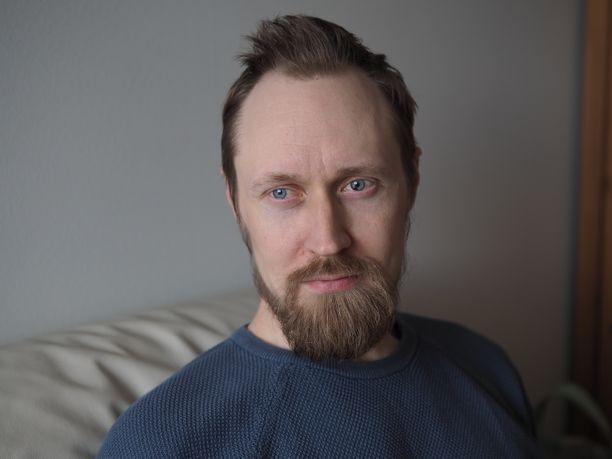Teppo Mattssonin ajattelu ei ole visuaalista. Hän kuvailee sitä sanalliseksi ja matemaattiseksi.