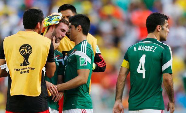 Meksikon joukkue suri hävittyä neljännesvälierää.