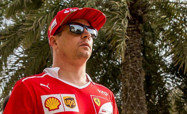 Kimi Räikkönen ei ehtinyt kärkikahinoihin Bahrainissa.
