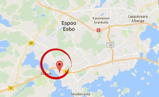 Tyttö putosi kalliolta Espoon Kivenlahdessa perjantai-iltana.