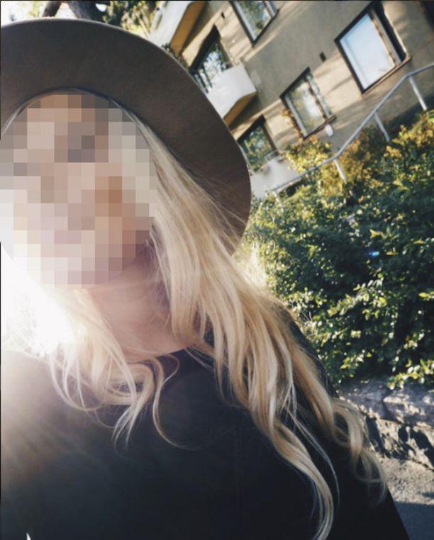 20-vuotias nainen joutui tiistaina järjettömän henkirikoksen uhriksi Raaseporissa. Elämäniloinen nuori nainen oli juuri aloittanut työt tutussa kaupungissa.