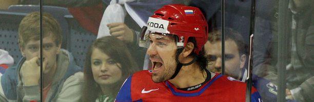 Jevgeni Artjuhin on kiistelty jääkiekkoilija.