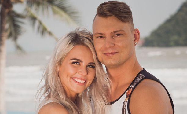 Eve ja Dani lähtivät viettelysten saarelta pariskuntana.