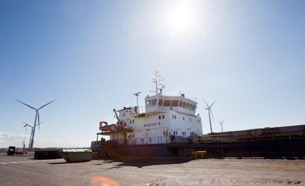 Tästä venäläisvarustamon laivasta kiista sai alkunsa, kun aluksen rahtia ei Torniossa suostuttu käsittelemään.