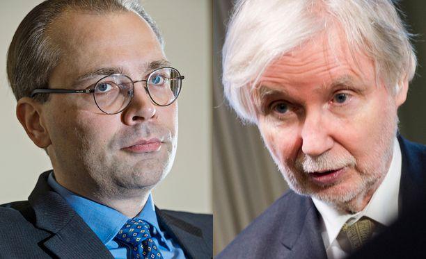 Puolustusministeri ja ex-ulkoministeri ovat eri linjoilla EU:n tuliasedirektiivin vaikutuksista Suomeen.