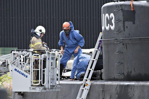 Kuvassa Madsenin sukellusvene Nautilus UC3.