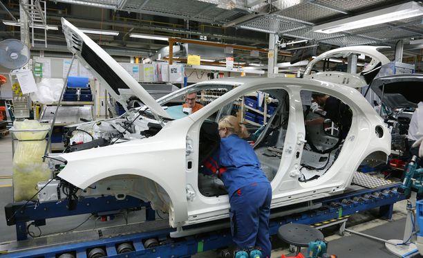 Saksa on Suomen tärkein vientimaa. Sen osuus Suomen viennistä oli viime vuoden tammi-syyskuussa 14,1 prosenttia.