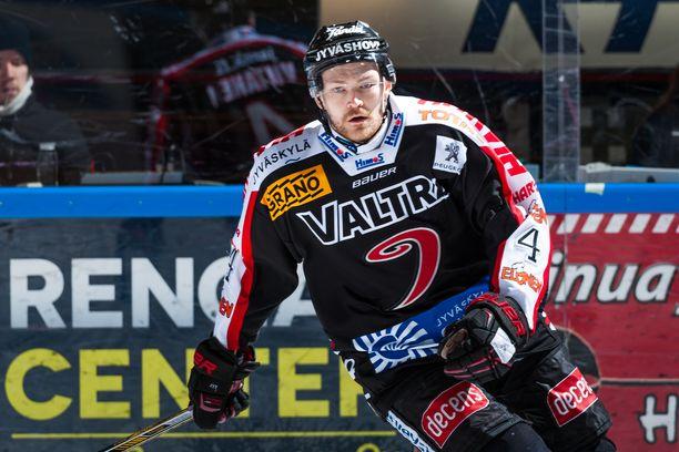 Mikko Viitanen valittiin JYPin urheilutoimenjohtajaksi.