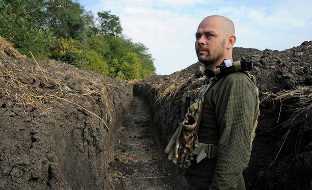 Vlad kertoo, että päivät kuluvat juoksuhautoja kaivaessa ja vahvistaessa.