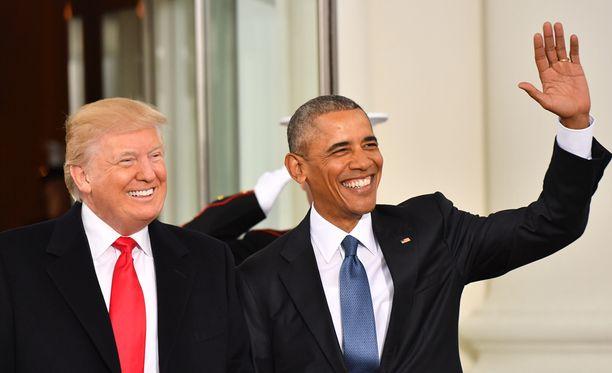 Viimeiset viralliset otokset Barack Obamasta ennen julkisuudesta poistumista on otettu, kun hän osallistui Donald Trumpin virkaanastujaisjuhlallisuuksiin.