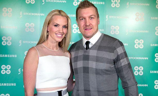 Piritta ja Niklas Hagman ovat olleet naimisissa vuodesta 2006.