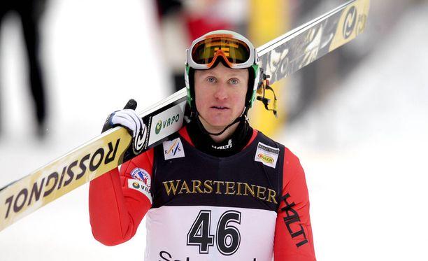 Samppa Lajusen ura päättyi vain 24-vuotiaana. Kuva päätöskaudelta 2003-04.