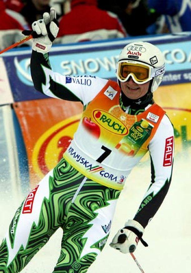 Tanja Poutiainen oli toisen laskunsa jälkeen tyytyväinen vauhtiinsa.