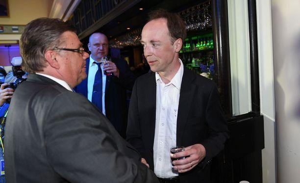 Jussi Halla-aho ei ottanut kantaa siihen, onko Timo Soinilla sijaa majatalossa, jos hänet valitaan puheenjohtajaksi.