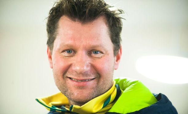 Hiihtopersoona Toni Roponen on vahvin kandidaatti Suomen ampumahiihtomaajoukkueen valmentajaksi.