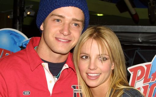 """Britney Spears nosti esiin 20 vuoden takaisen """"maailman suurimman eronsa"""" – näin exä Justin Timberlake reagoi"""