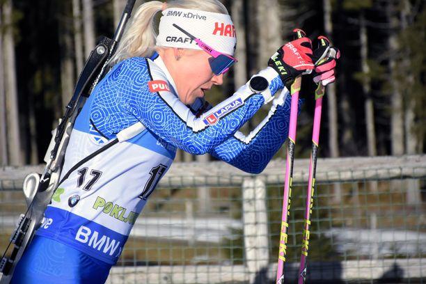 Kaisa Mäkäräinen oli ykkönen lauantaina Pokljukan maailmancupin pikakilpailussa.