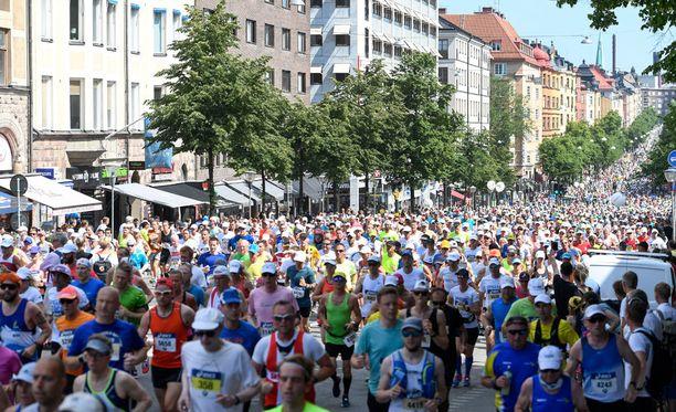 Tukholman maratonilla juoksee tänään myös satoja suomalaisia. Kuvituskuva.
