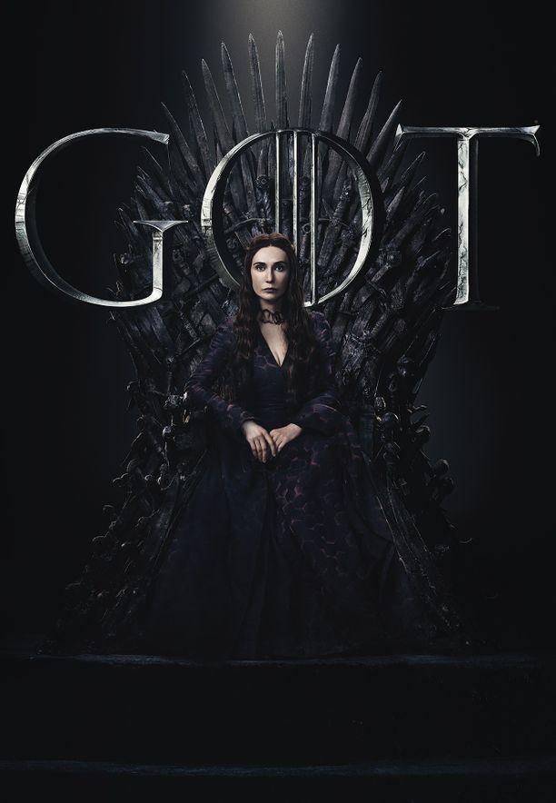 Melisandre (Carice van Houten) karkotettiin Westerosista Shireen kuoleman yksityiskohtien tultua ilmi Davokselle. Nyt Melisandre on uuden edessä.