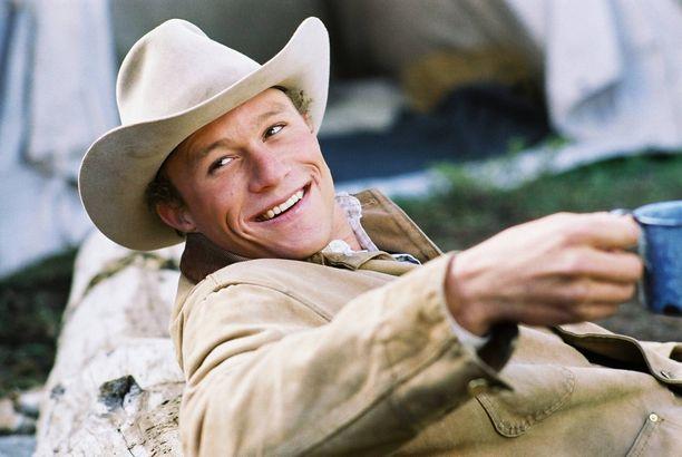 Heath Ledger teki ikimuistoisen roolisuorituksen cowboyna joka rakastuu toiseen cowboyhyn elokussa Brokeback Mountain.