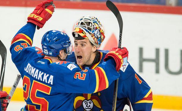 Pekka Jormakka ja ruotsalainen Henrik Karlsson ovat ensi viikon sunnuntaina vastakkain Karjala-turnauksessa.