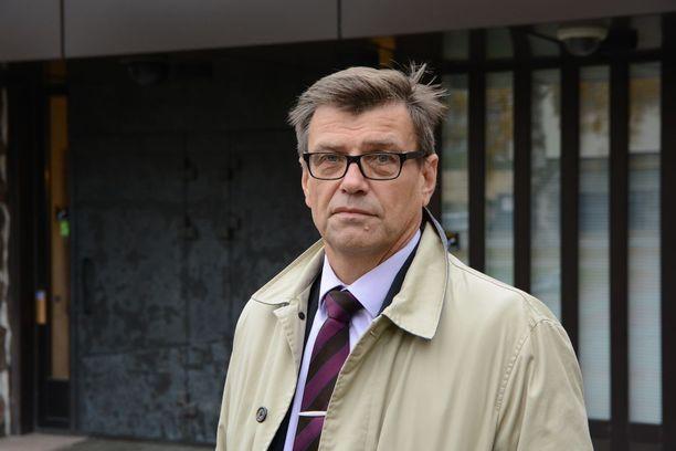Valtakunnansyyttäjä Matti Nissinen antaa palaa Suomen Asianajajaliiton Advokaatti-lehden tuoreessa numerossa.
