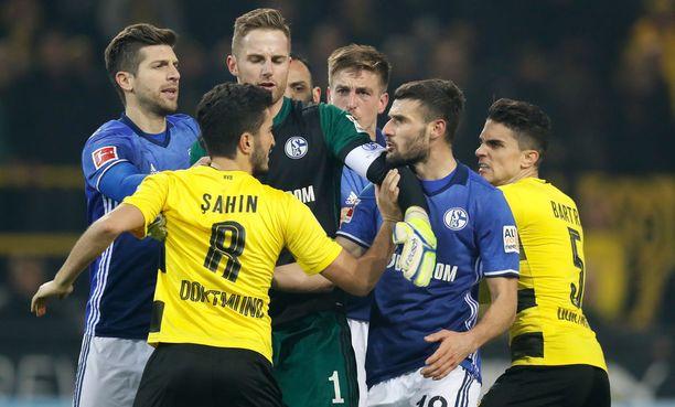 Schalken ja Dortmundin mittelöissä kipinöi aina.