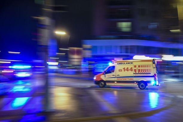 Haavoittuneet uhrit kiidätettiin sairaalaan.- Kaikki neljä saivat vakavia vammoja.