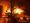Jorma Kajannon poika kuvasi, kun mökki paloi voimakkaalla liekillä maan tasalle VPK:n valvonnassa.