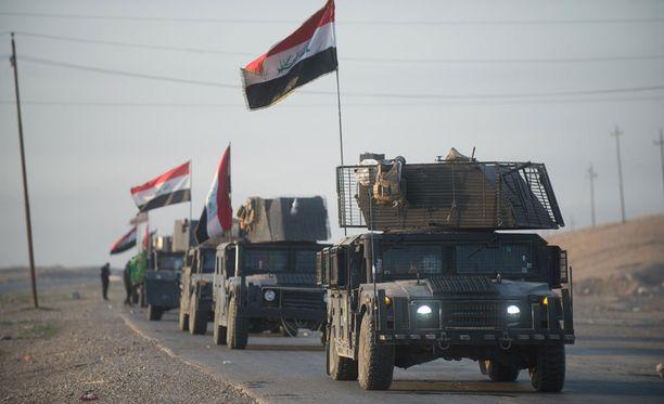 Irakin armeija on ottanut tärkeitä erävoittoja Isisiä vastaan.