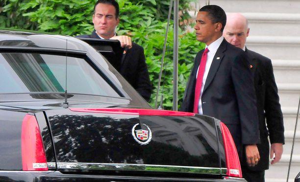 Obaman saattue aiheutti liikenneruuhkan huonolla hetkellä. Arkistokuva.