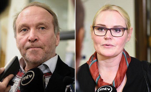 Perussuomalaisten kansanedustaja Teuvo Hakkarainen tuomittiin sakkoihin kokoomuksen kansanedustajan Veera Ruohon pahoinpitelystä.